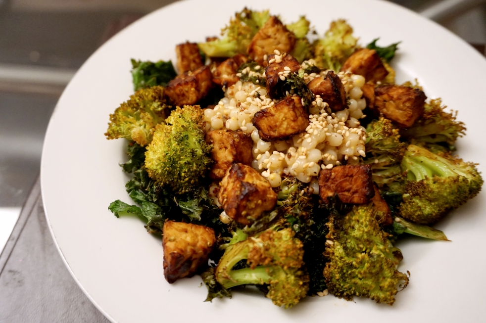 sesame-greens-and-tempeh-warm-salad-1