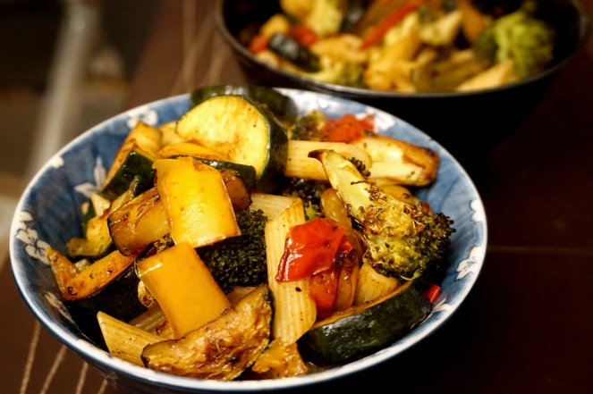Roast 'n' fried veggie pasta 1